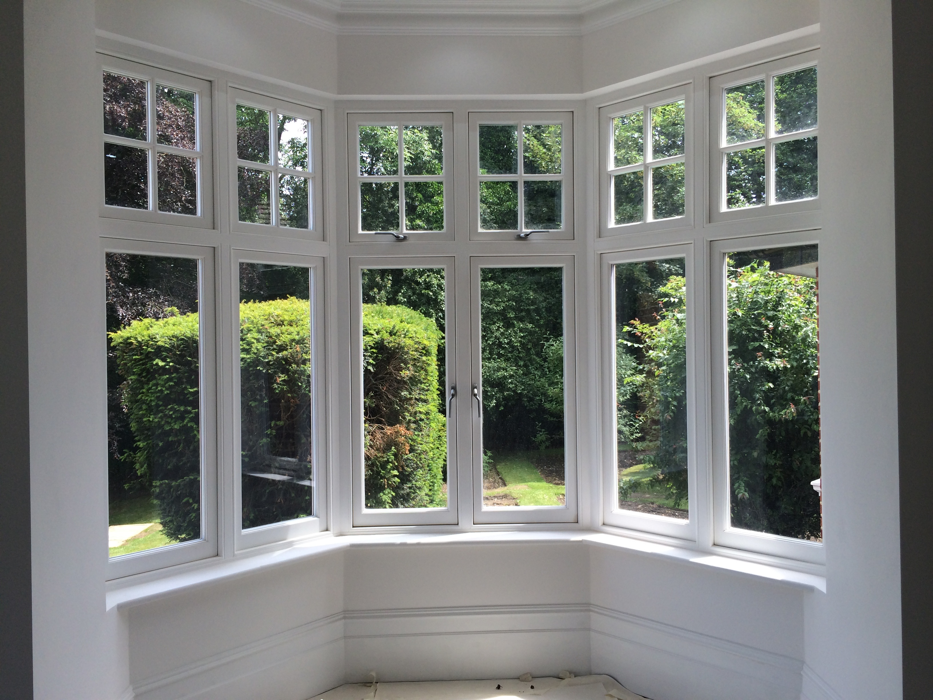 How to make your sash windows the focal point of any room for French doors that slide open