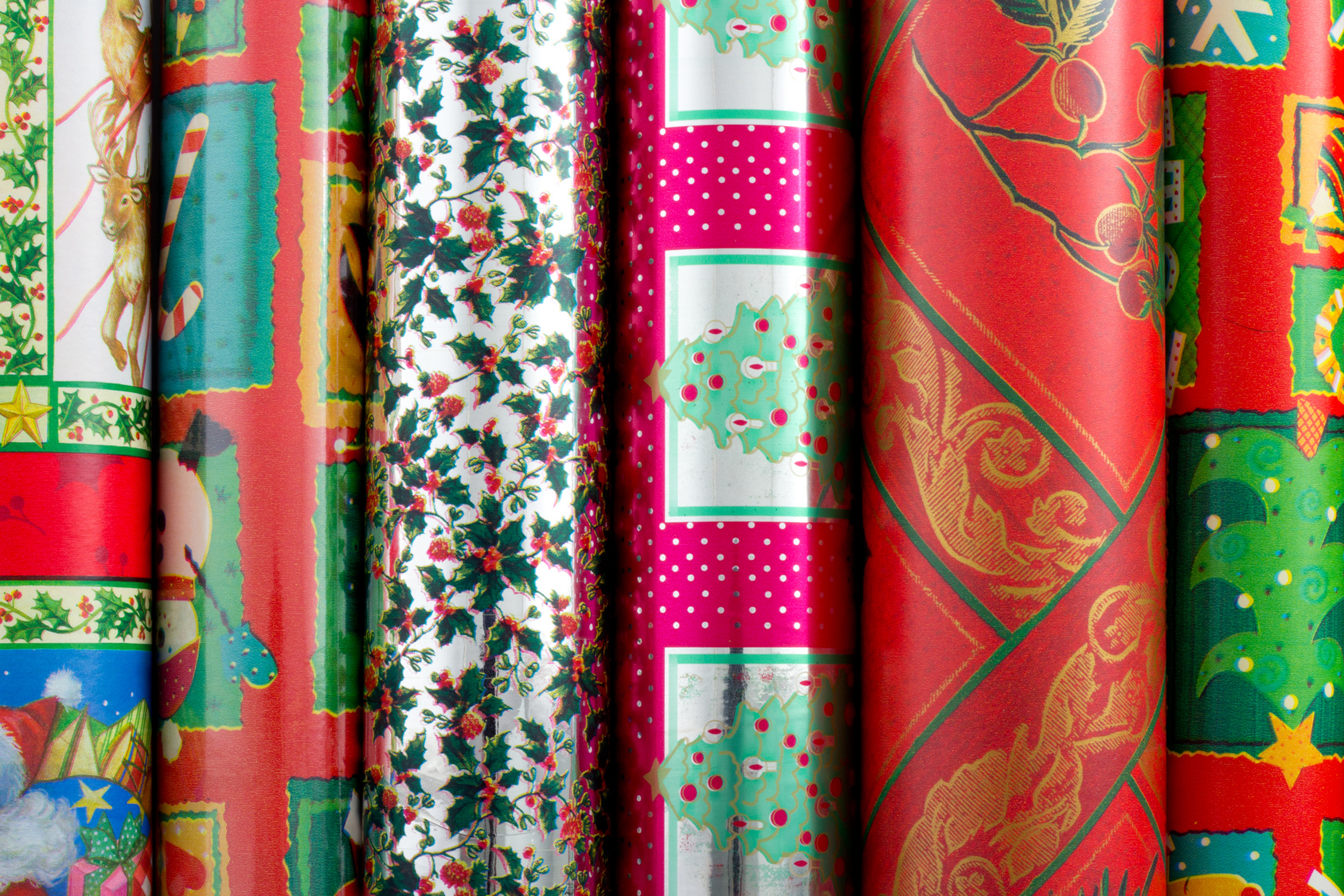 5 Common mistakes to avoid this Christmas - Wrapping paper - Sash Smart